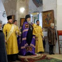 В Неделю о мытаре и фарисее архиепископ Витебский и Оршанский Димитрий совершил Божественную литургию в храме великомученицы Ирины г.Москвы