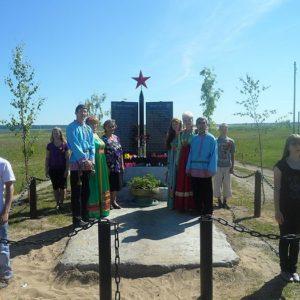 «Я С ПЕНСИИ ОТКЛАДЫВАЛА, ДЕТИ – С ЗАРПЛАТ» Как Мария Артеева и ее дети строили памятник и часовню