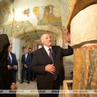 Президент Беларуси посетил Спасо-Евфросиниевский монастырь в Полоцке