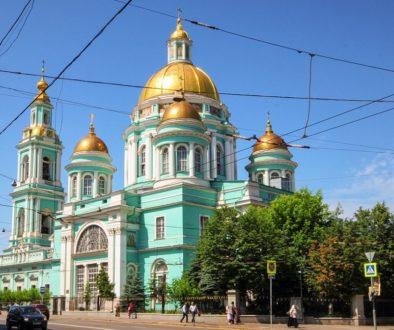 По благословению Святейшего Патриарха Кирилла храмы Москвы открываются для прихожан