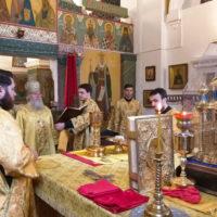 В Неделю 3-ю по Пятидесятнице архиепископ Витебский и Оршанский Димитрий совершил Литургию в Свято-Покровском соборе города Витебска
