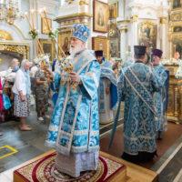 В праздник Казанской иконы Божией Матери митрополит Павел совершил Литургию в Свято-Духовом кафедральном соборе города Минска