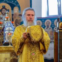 В Неделю 6-ю по Пятидесятнице архиепископ Витебский и Оршанский Димитрий совершил Литургию в Свято-Покровском соборе города Витебска