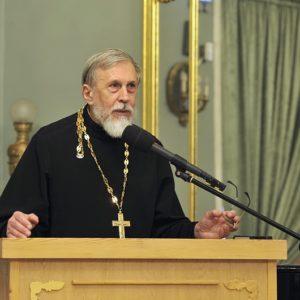 «Прежде всего мы стремимся объективно преподавать историю Русской Православной Церкви»
