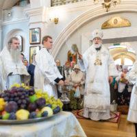 В праздник Преображения Господня митрополит Павел совершил Литургию в Свято-Духовом кафедральном соборе города Минска