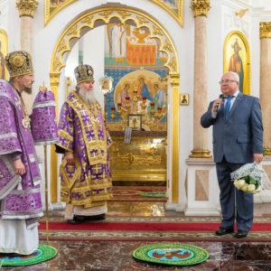 Патриарший Экзарх всея Беларуси возглавил Литургию в Успенском кафедральном соборе города Витебска