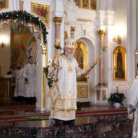 В праздник Рождества Христова архиепископ Витебский и Оршанский Димитрий совершил Литургию в Свято-Успенском кафедральном соборе города Витебска