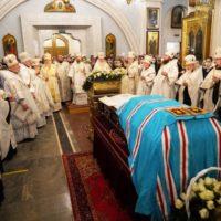 В канун праздника Обрезания Господня и дня памяти святителя Василия Великого митрополит Вениамин совершил всенощное бдение