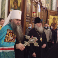 Архиепископ Витебский и Оршанский Димитрий молился за Божественной литургией в Александро-Невском кафедральном соборе Нижнего Новгорода