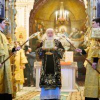 В двенадцатую годовщину интронизации Святейший Патриарх Кирилл совершил Литургию в Храме Христа Спасителя