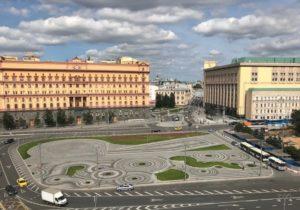 Представители Церкви приветствуют решение мэра Москвы отложить решение вопроса об установке памятника на Лубянской площади