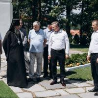 Посол Российской Федерации в Республике Беларусь Евгений Лукьянов посетил Свято-Успенский Жировичский Ставропигиальный мужской монастырь