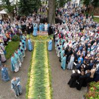 В праздник Успения Пресвятой Богородицы митрополит Вениамин возглавил престольные торжества в Жировичской обители