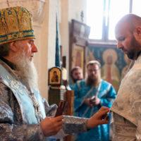 В Неделю 10-ю по Пятидесятнице архиепископ Димитрий совершил Литургию в Свято-Покровском соборе города Витебска