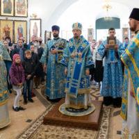 Патриарший Экзарх совершил Божественную литургию в Спасо-Вознесенском храме города Копыля, где отмечается День белорусской письменности