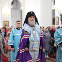Архиепископ Димитрий совершил торжественный молебен перед началом учебного года в Свято-Успенском кафедральном соборе города Витебска